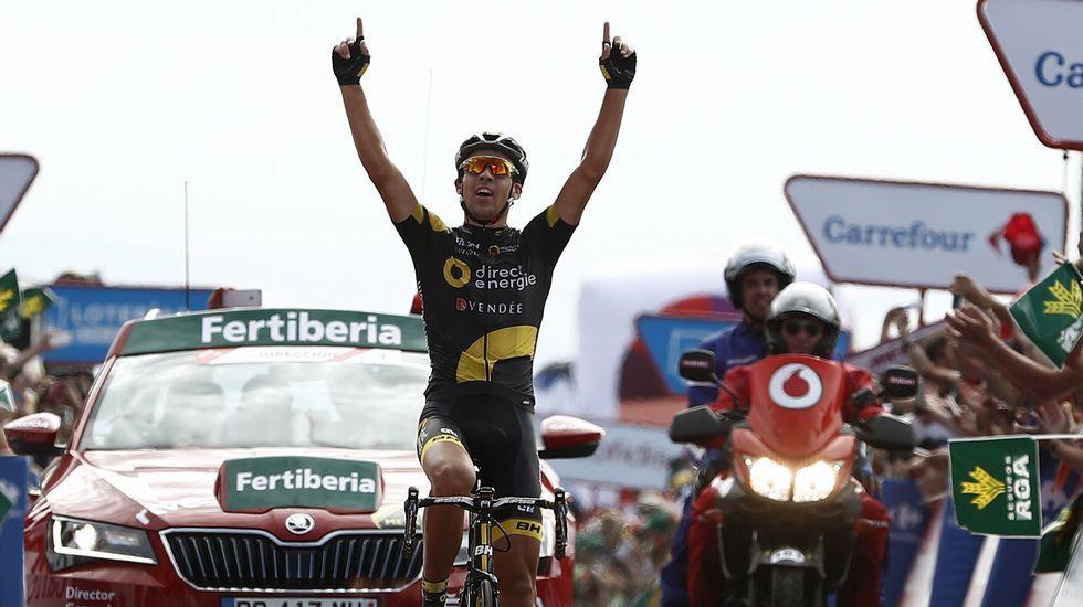 Las postales que deja el paso de La Vuelta por Galicia.O Ézaro.