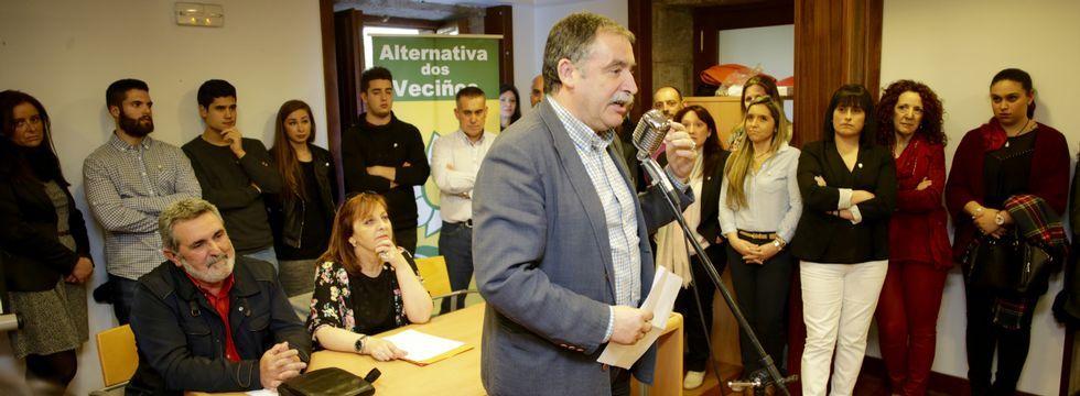 El líder de Alternativa justificó la presentación de candidaturas fuera de Oleiros por la necesidad de mejorar la comarca.