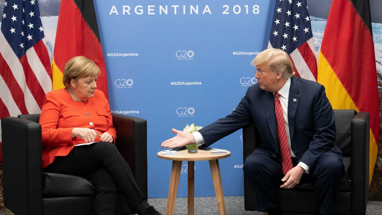 Trump definió ayer a Merkel como su «amiga», pese a la relación fría que han mantenido