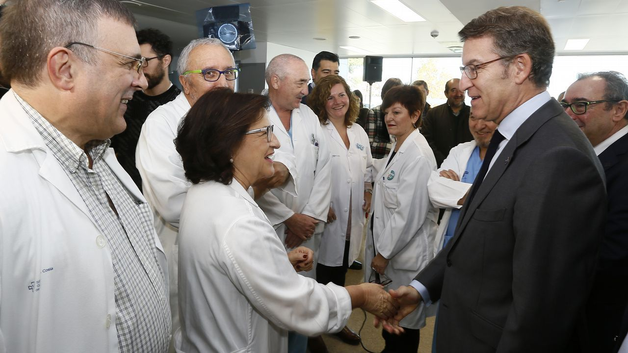 Feijoo visita el Hospital da Mariña, en Burela