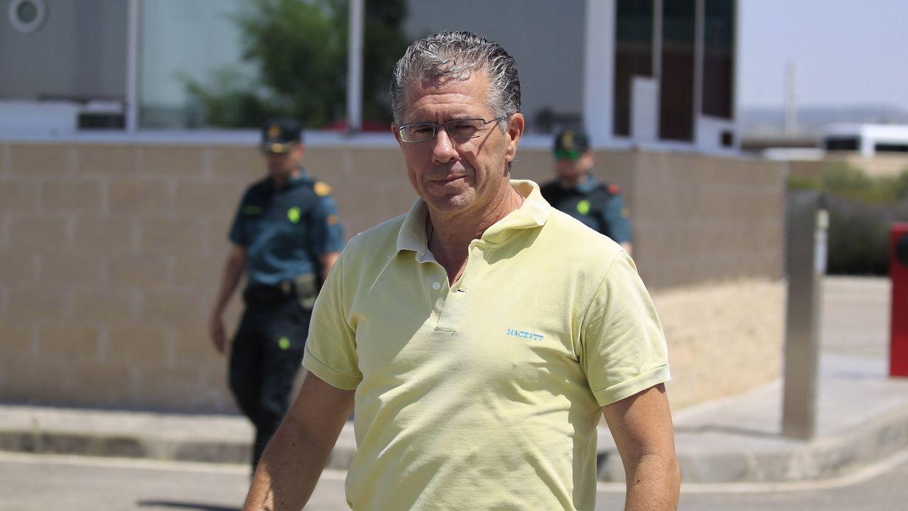 .El exconsejero madrileño Francisco Granados saliendo de prisión