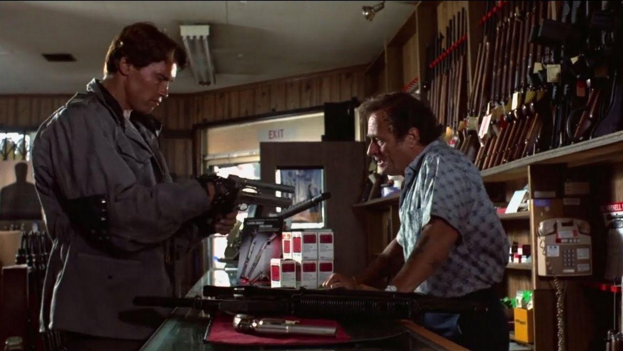 Miller, a la derecha, en una escena de «Terminator»