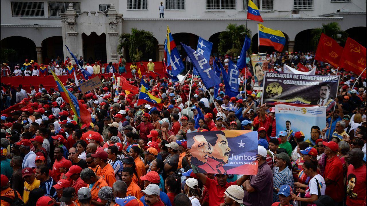 Los seguidores de Maduro también han salido a las calles
