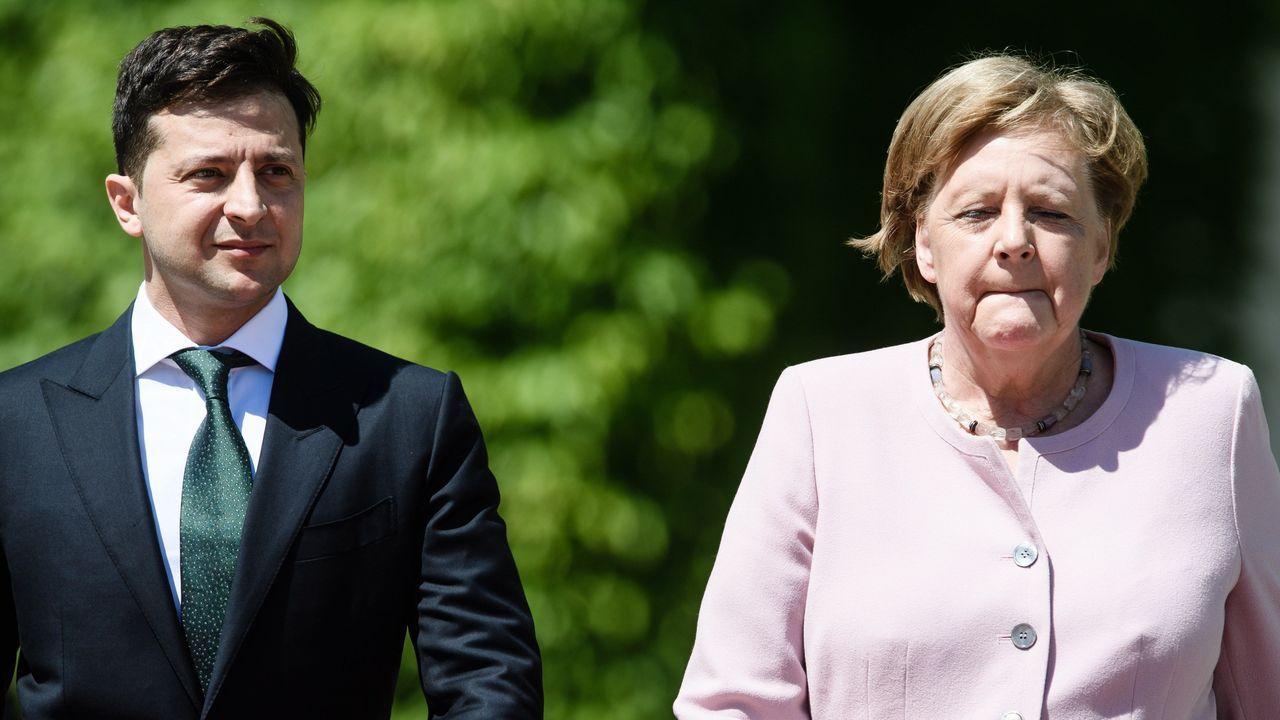 La canciller alemana, junto al presidente de Ucrania, en Berlin