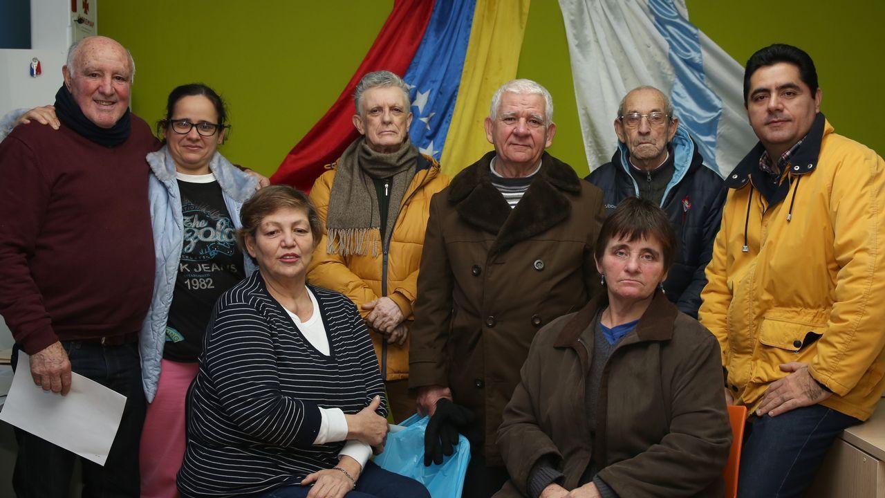 José Reza, María Luisa, Amarelis, Carlos, Antonio Ferreira, Fina, Antonio Nieto y Óscar