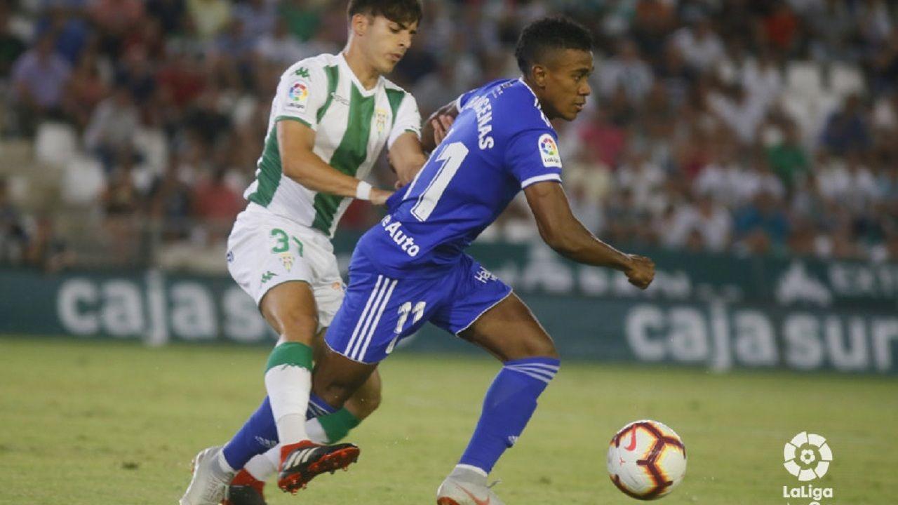 .Yoel Bárcenas en un instante del partido contra el Córdoba