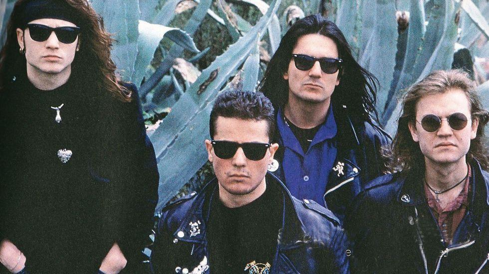 .Heroes del Silencio en 1990
