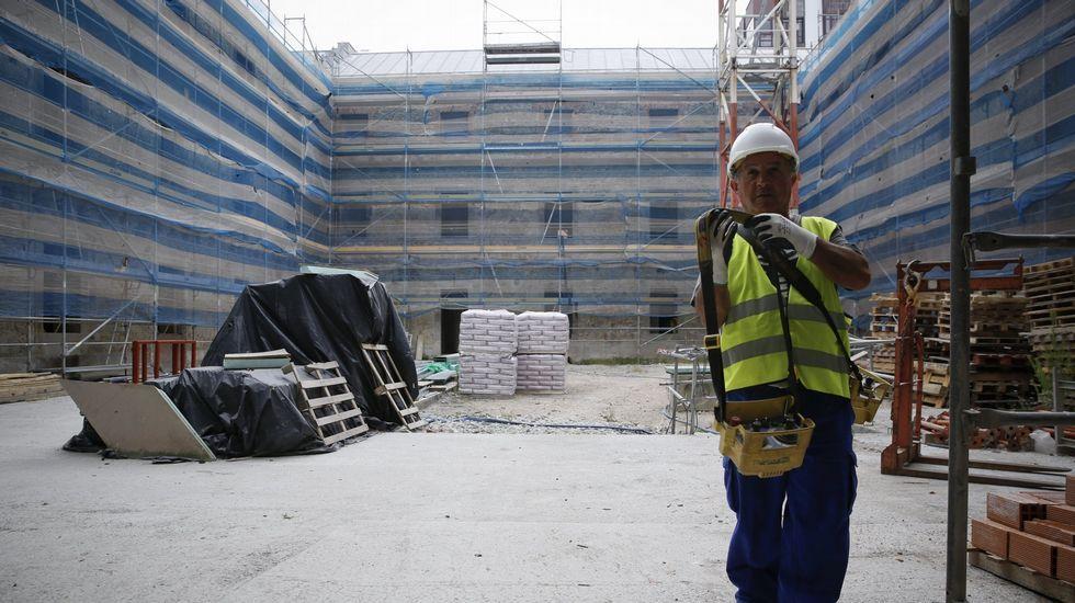 Obras fábrica de Tabaco.El interior del edificio de Tabacalera, en Gijón