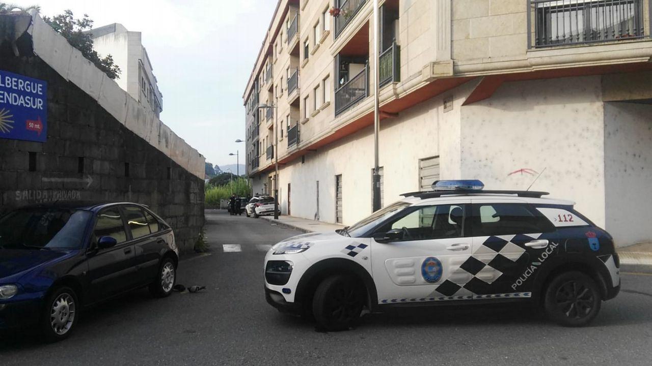 Conxemar vuelve a atascar la AP-9 y colapsa el aparcamiento del Ifevi.La Policía Local captura un perro peligroso en Teis