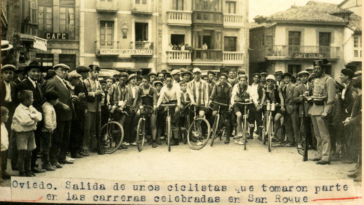 Desfile del «Bollu» en Avilés