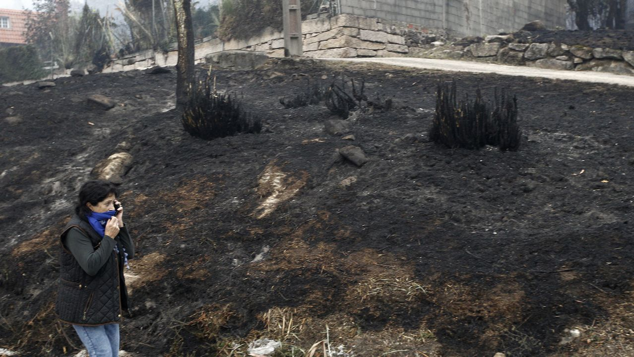 Las consecuencias de los incendios en Vigo y su área.En Fragoselo, en Coruxo, se vivieron momentos de tensión