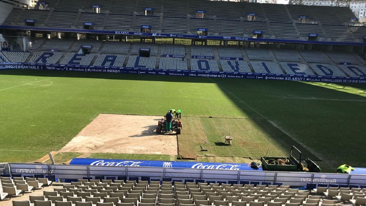 cesped Carlos Tartiere Real Oviedo.Obras de sustitución del cesped en el Carlos Tartiere