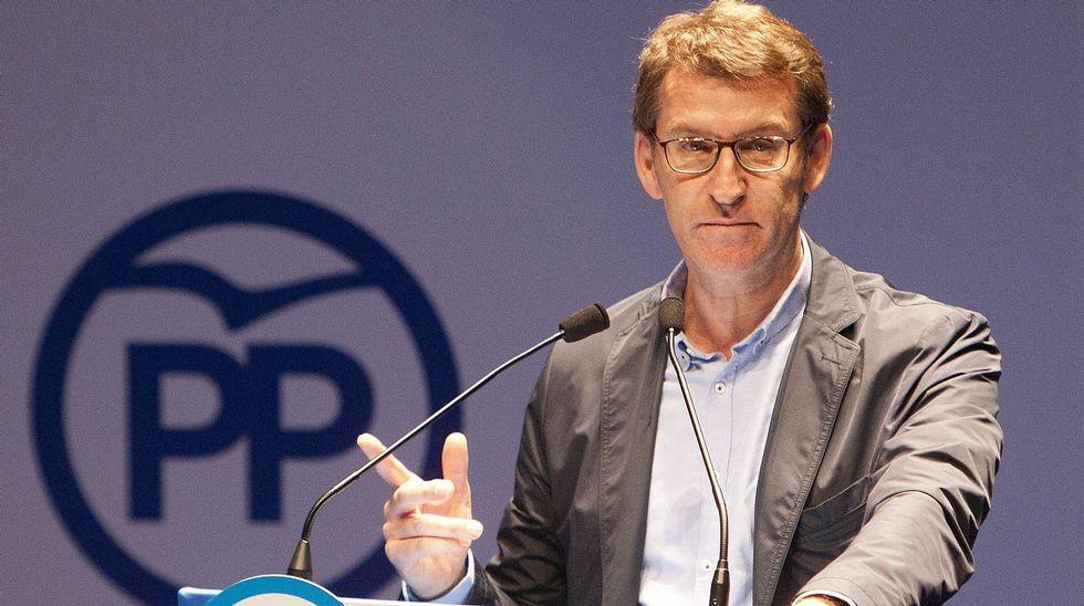 Feijoo: «<span lang= gl >Non levo 7 anos gobernando nos tempos máis difíciles para elixir o máis sinxelo»</span>.Segunda reunión del verano entre Rajoy y Rivera