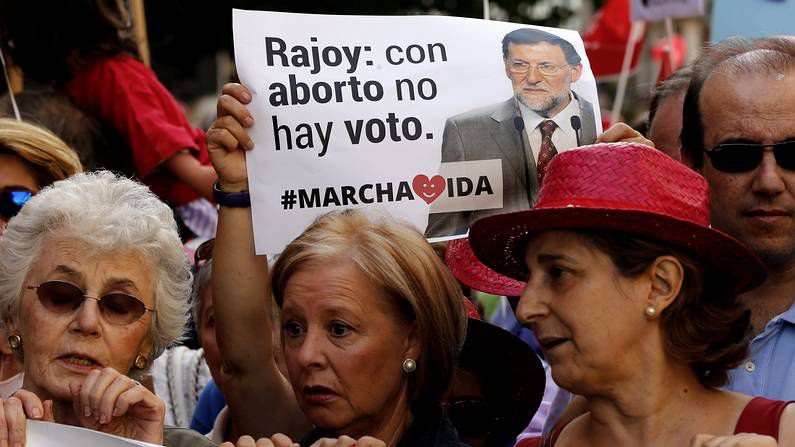 El recorrido de Gallardón, en imágenes.Rajoy y Gallardón, en el Congreso en junio