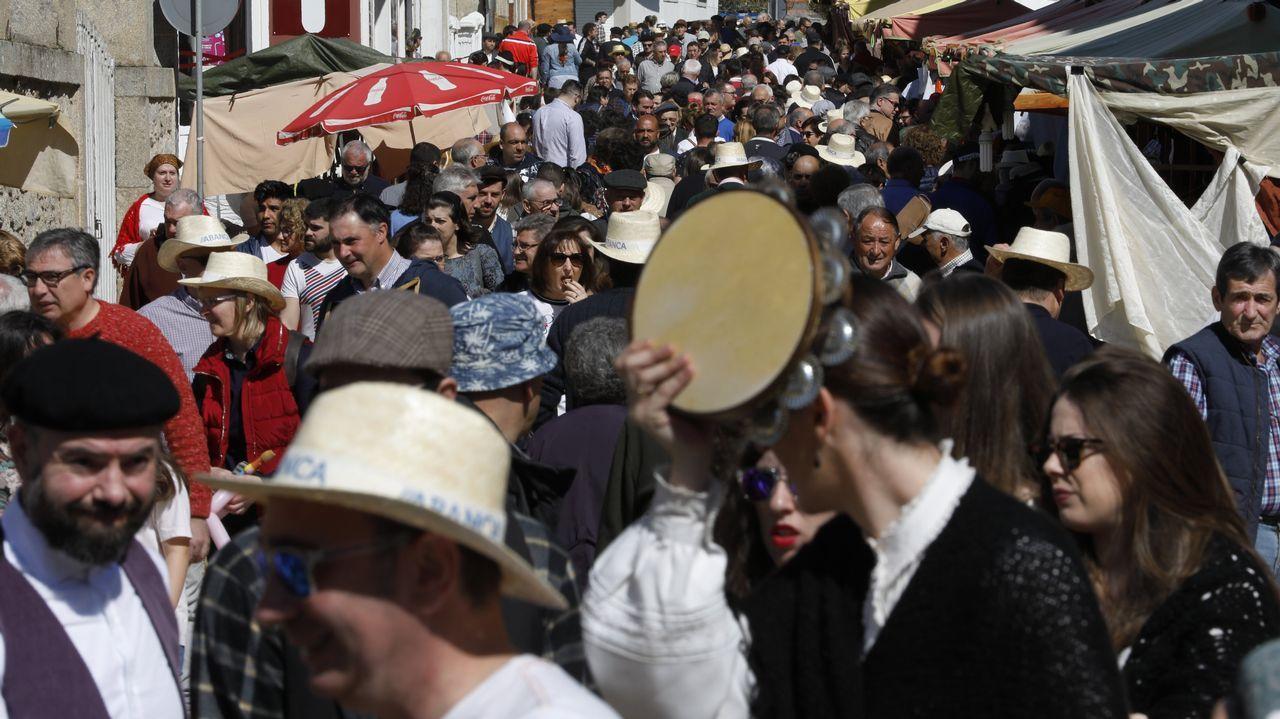 El Mercado de primaveraabarrota O Valadouro.Susana Seivane nun concerto de homenaxe ao poeta Manuel María celebrado na Coruña o pasado setembro