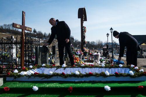 .Tumba del periodista eslovaco Jan Kuciak, que preparaba una exclusiva sobre la mafia calabresa