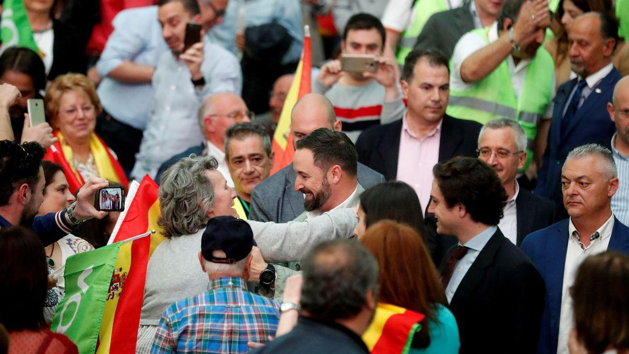El presidente de Vox, Santiago Abascal a su llegada a un acto electoral celebrado en Oviedo.
