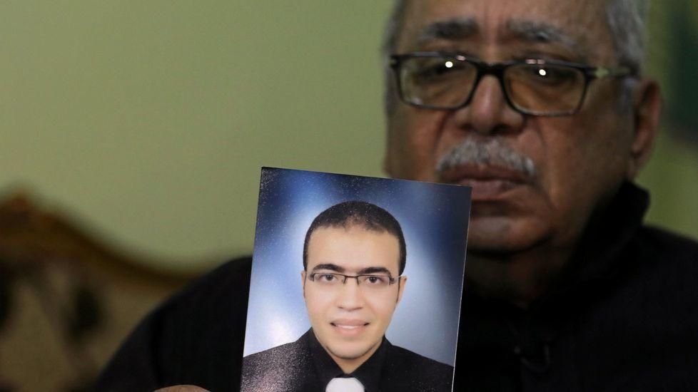 .Reda Abdullah al-Hamamy, padre de Abdullah Reda, autor del ataque frustrado en el Louvre