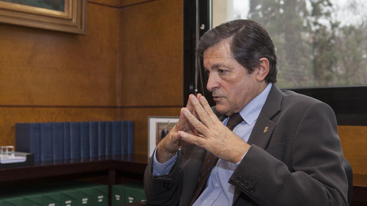 Adrián Barbón.Javier Fernández /TOMÁS MUGUETA