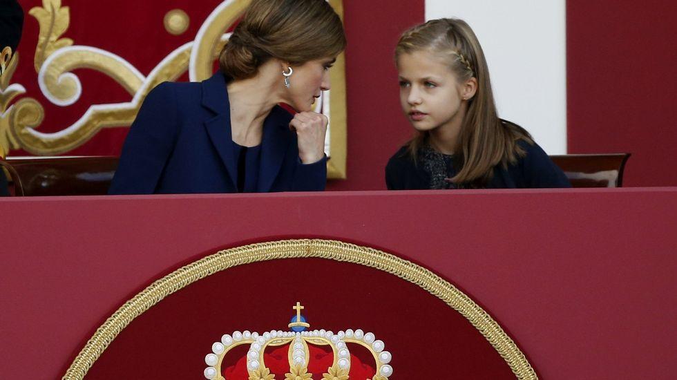 La llegada de los reyes de Jordania a España.Presentación oficial de la princesa Leonor días después de su nacimiento.