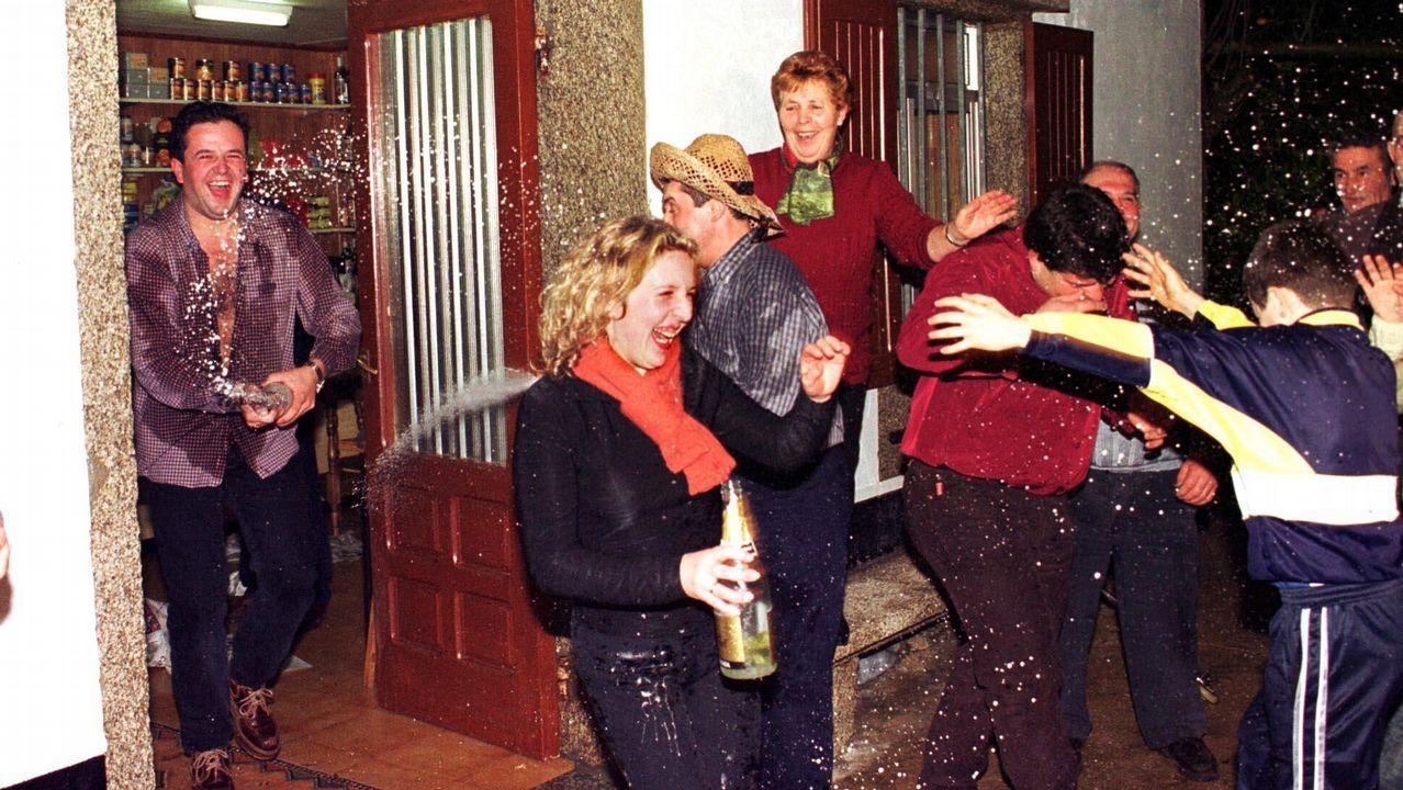 Así se celebró la Primitiva del 2001 en Traba de Laxe: ¡las imágenes!
