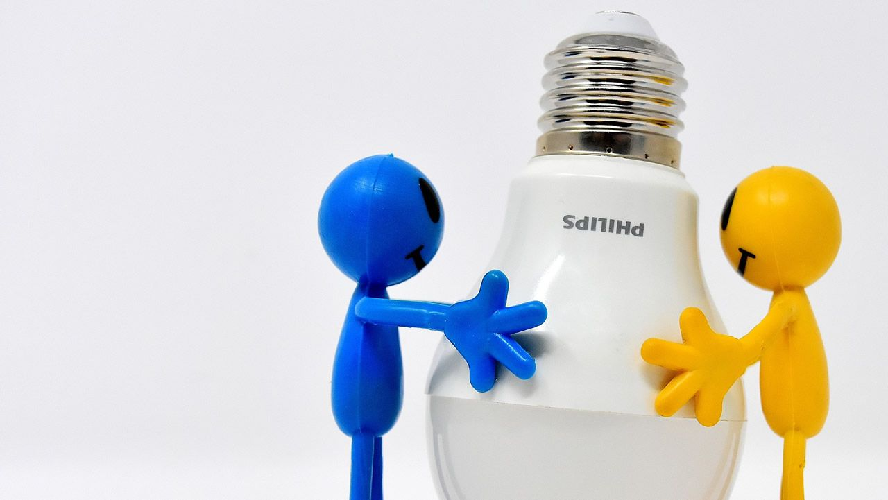 Adiós bombillas halógenas, hola LED