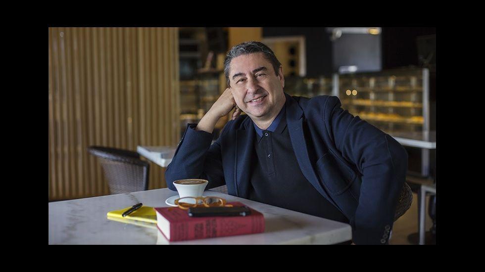 Ferrán Adriá dialoga con cocineros gallegos.El cocinero asturiano José Andrés participado en el XX congreso San Sebastián Gastronomika