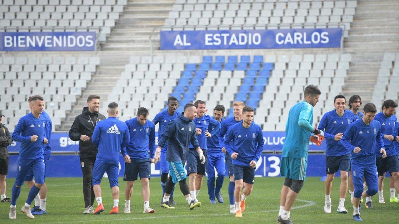 Gol Folch Joselu Real Oviedo Albacete Carlos Tartiere.Los jugadores del Oviedo entrenando en el Carlos Tartiere