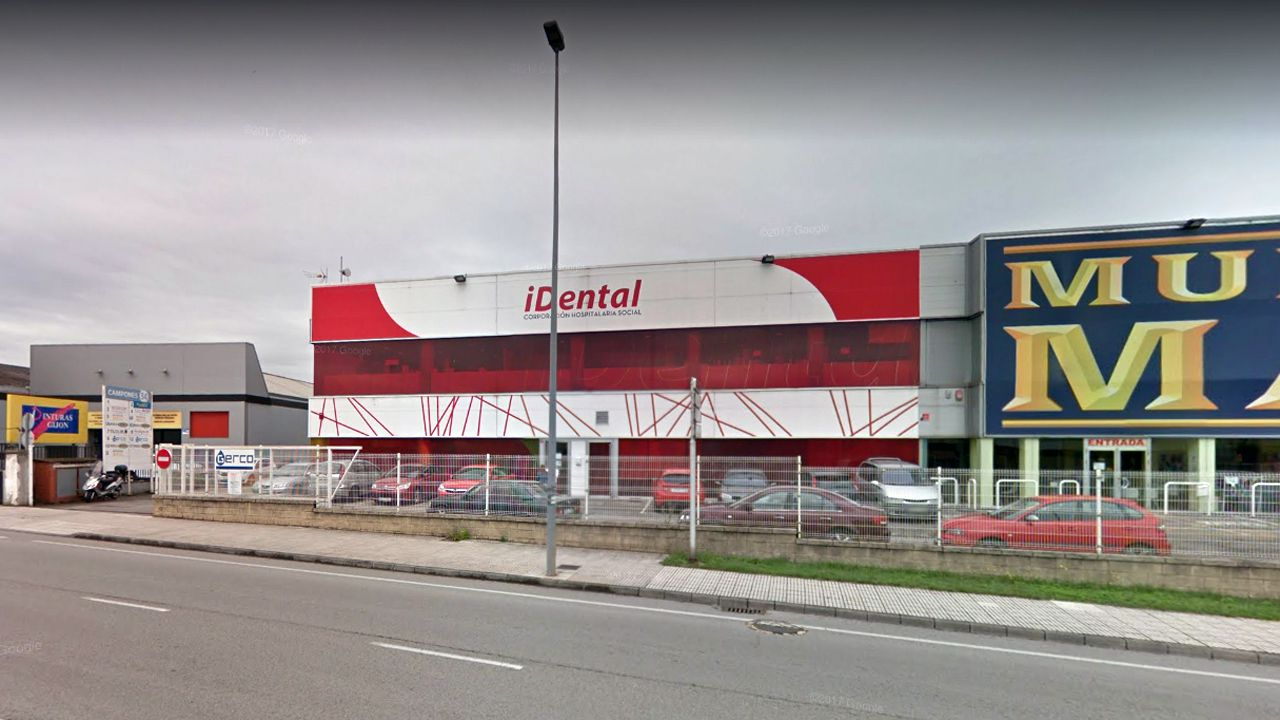 El etarra Santi Potros sale de prisión tras cumplir 30 años de condena.La clínica IDental en Gijón