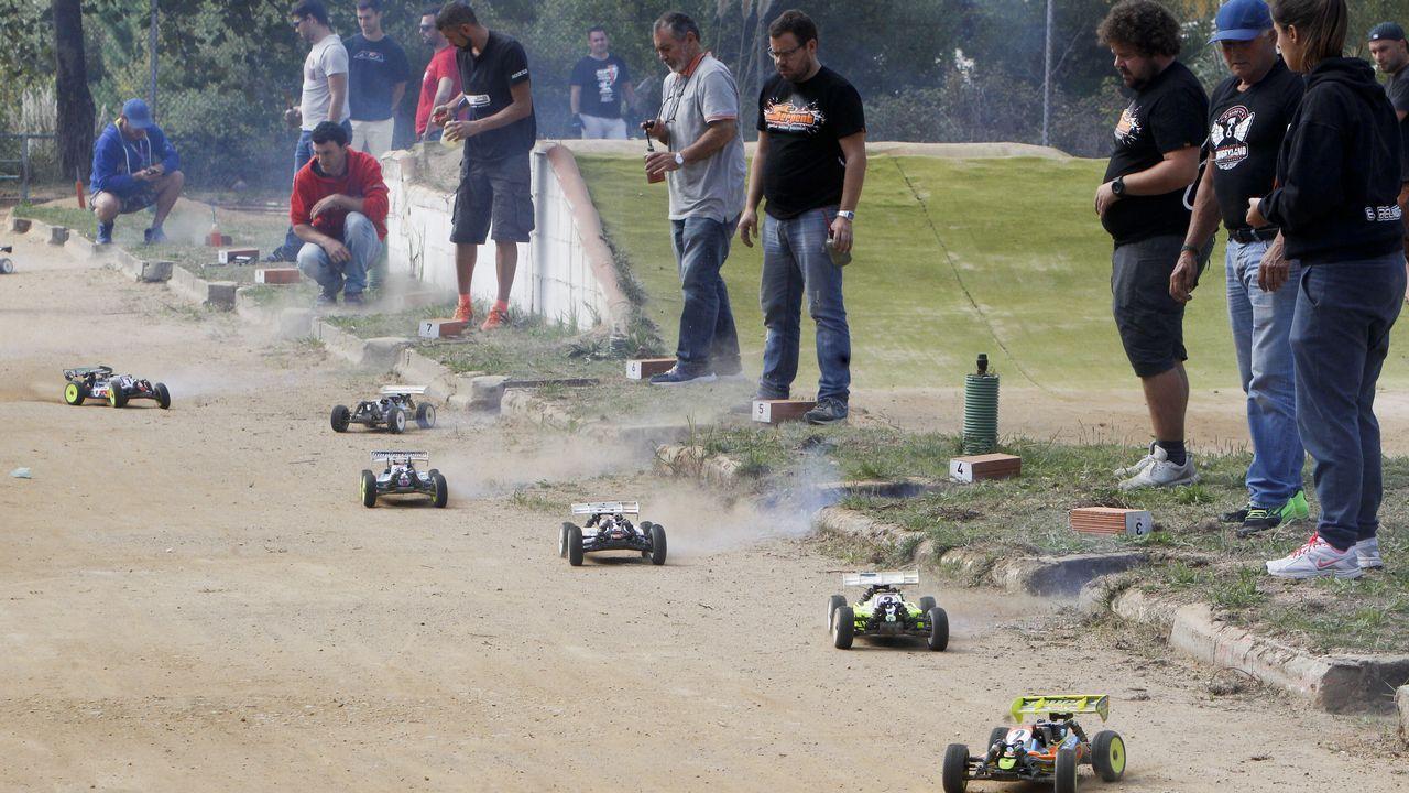 Campeonato gallego de coches teledirigidos.