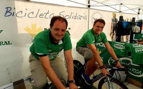 .El director general de Caixa Rural, Jesús Méndez, en la Vuelta.
