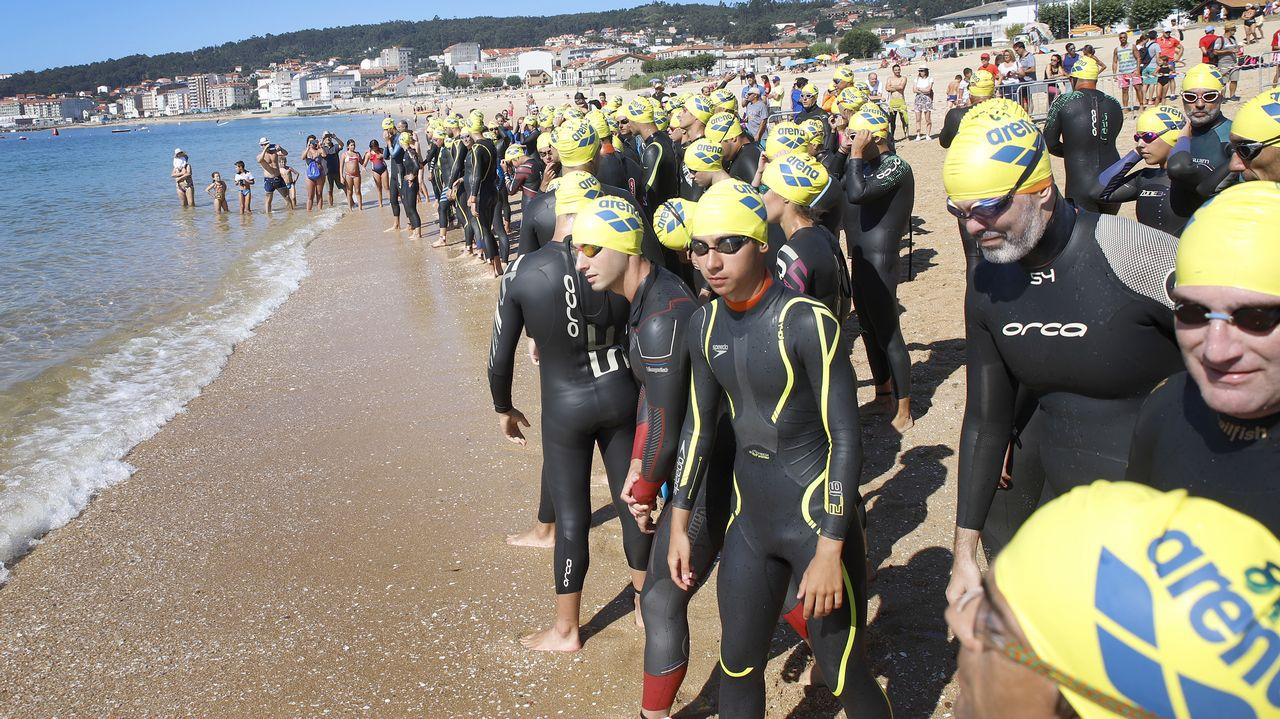 Álbum de fotos: Así se vivió la Travesía a Nado Praia de Coroso