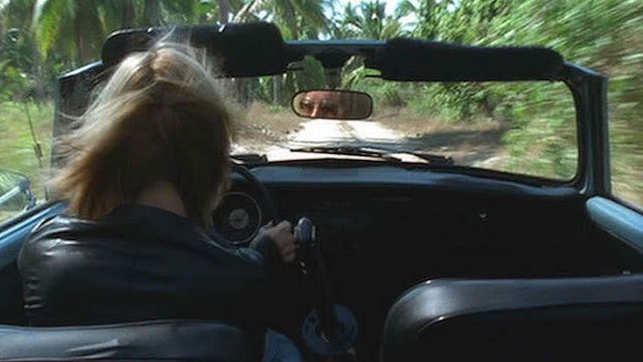 La alfombra roja de losBafta también se tiñe de negro.Uma Thurman sufrió un accidente durante el rodaje de la segunda entrega de «Kill Bill» rodando una escena en la que debía conducir un coche por un camino en medio de la selva