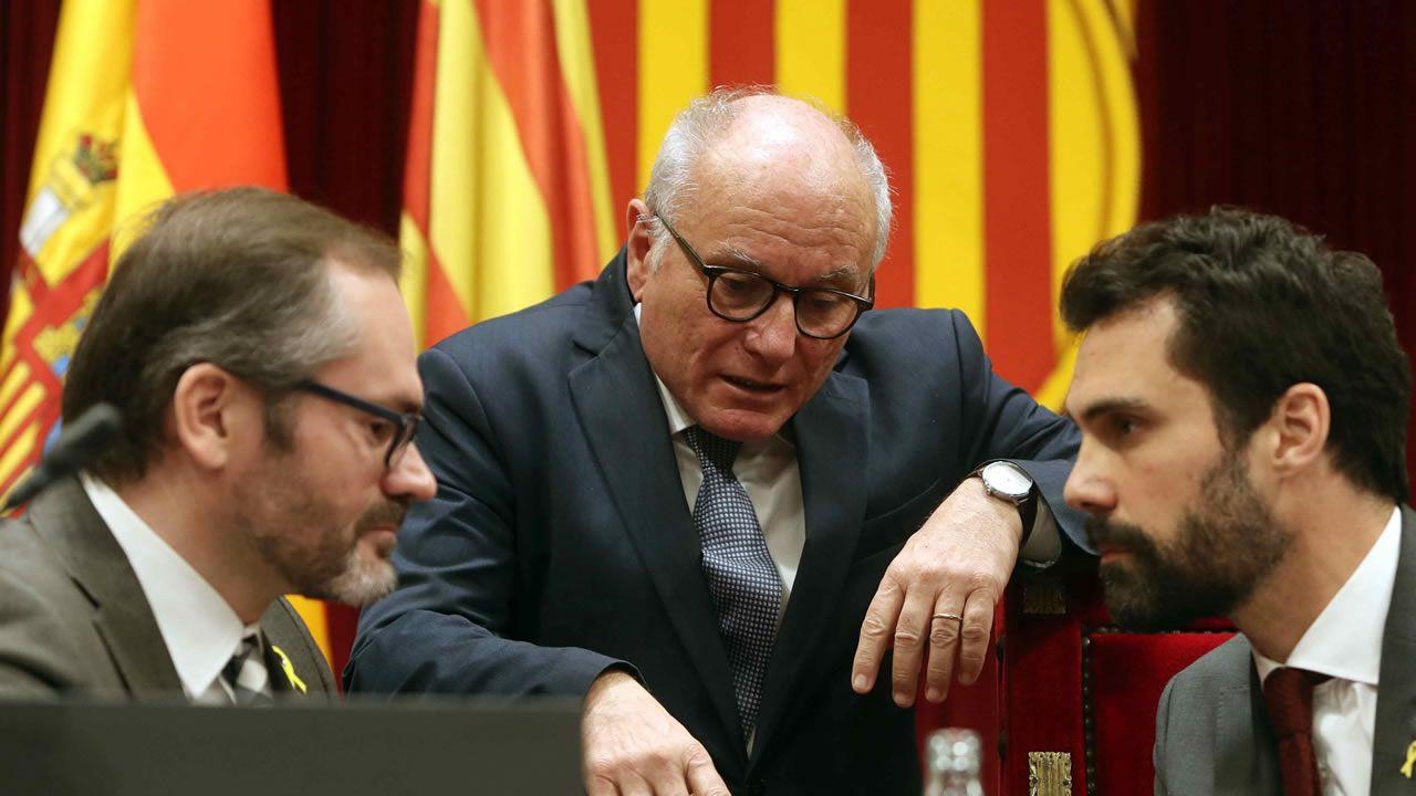 Bronca en el Parlament entre Torrent y Ciudadanos por la DUIS.El diputado de la CUP, Carles Riera, tras la reunión mantenida con Torrent