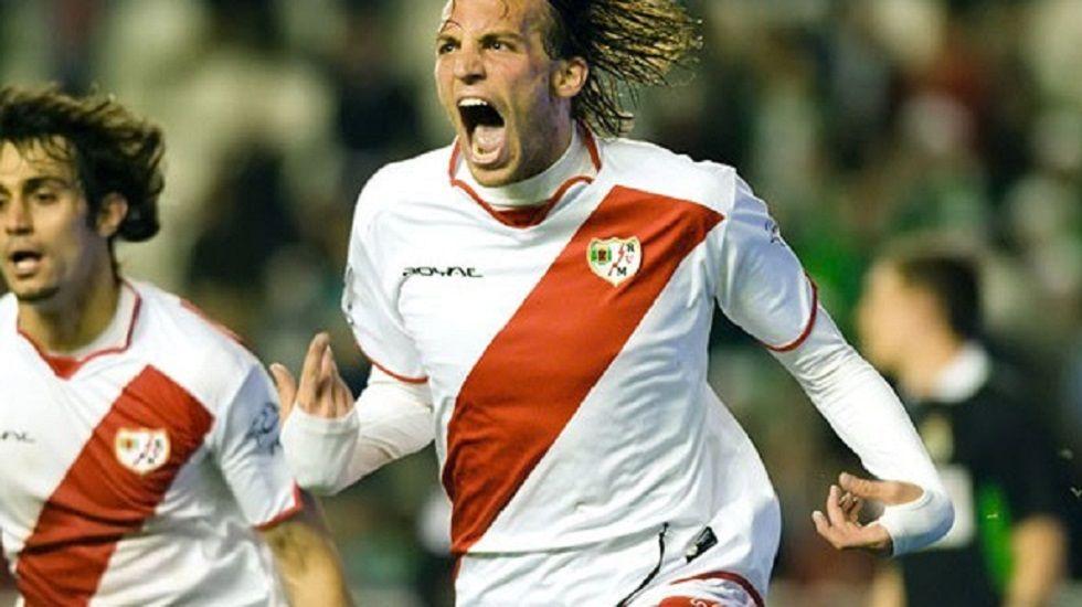 Michu celebra un gol con el Rayo Vallecano