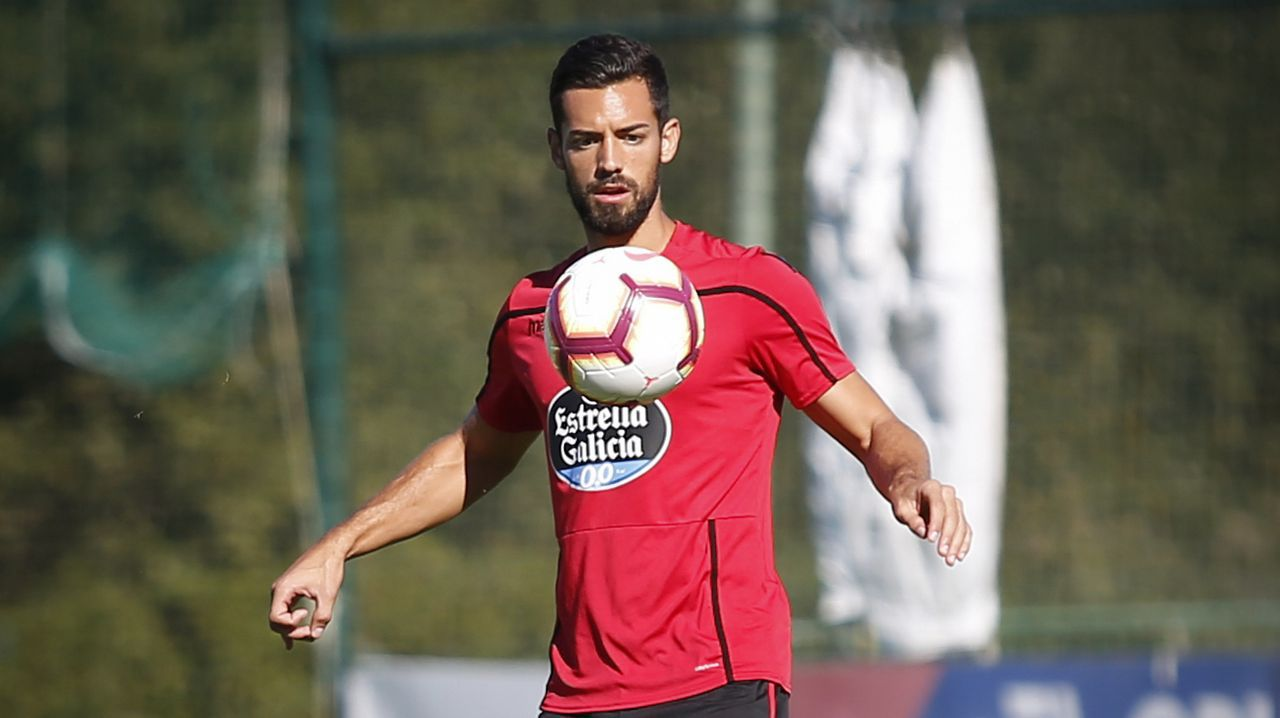 Christian Fernandez Real Oviedo Albacete Carlos Tartiere.Saúl Berjón en El Requexón