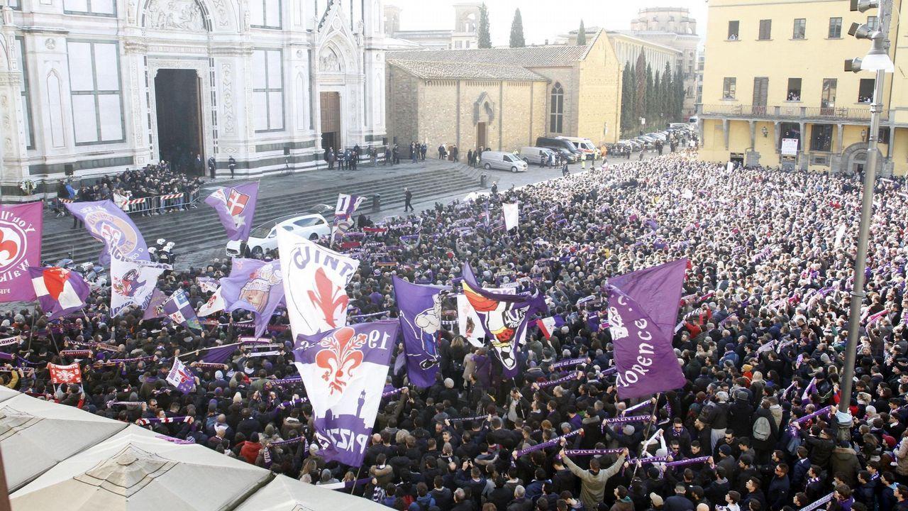 La espectacular despedida de Florencia y el fútbol italiano a Davide Astori