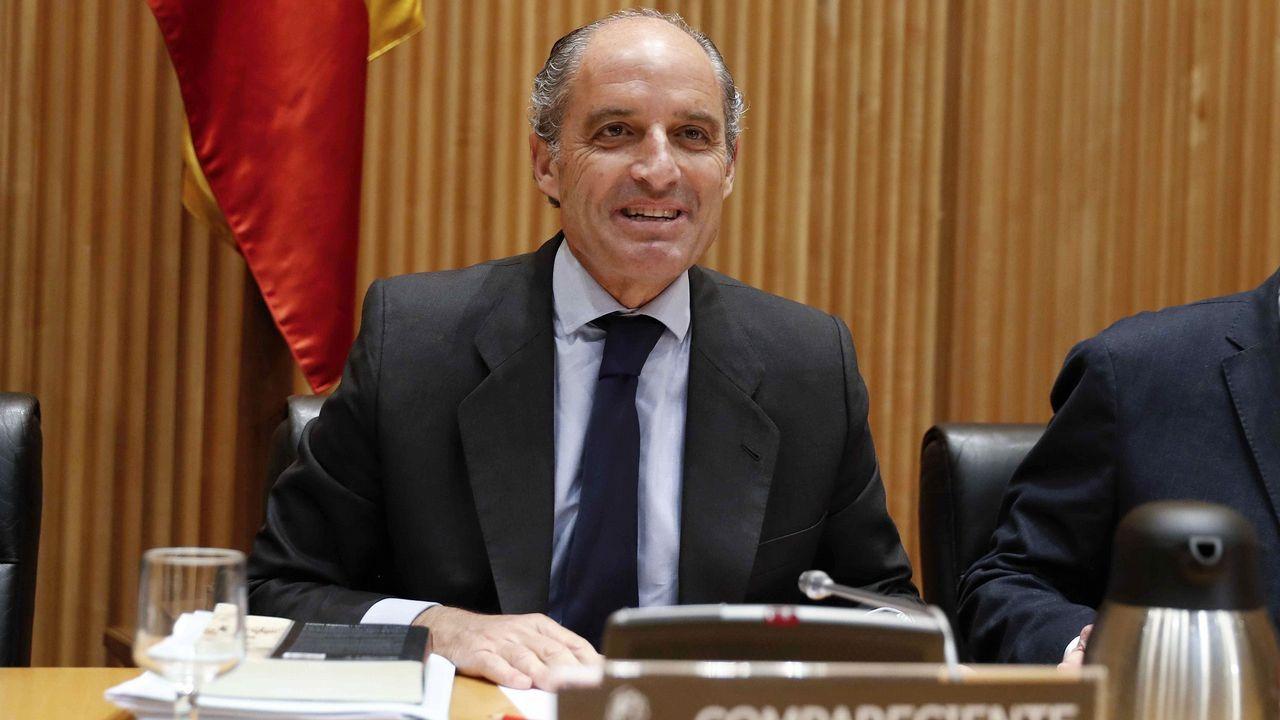 | EFE. El expresidente de la Generalitat valenciana Francisco Camps, a su llegada para comparecer como testigo en el juicio de Gürtel