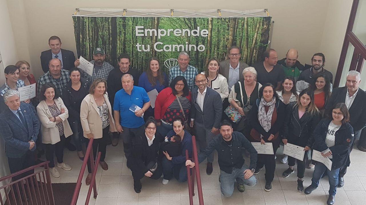 Camino de Santiago.Participantes en la la jornada sobre el Camino de Santiago en el concejo de Valdés organizada por la Cámara de Comercio de Avilés