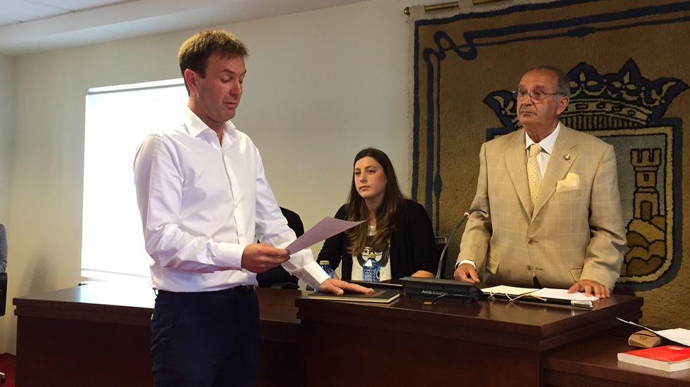 Benitor Portela se convierte en el nuevo regidor sadense.Benito Portela jura el cargo de alcalde de Sada