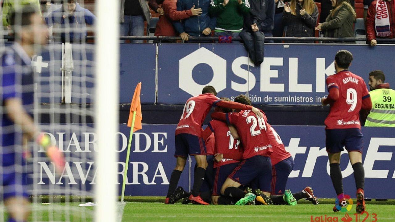 Anquela entrenamiento Requexon Real Oviedo.Jugadores de Osasuna celebran un gol ante el Alcorcón