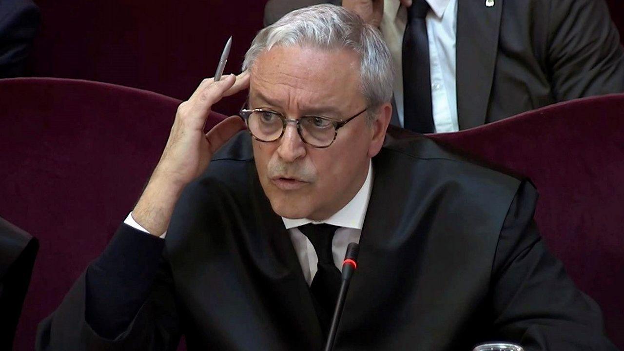 El abogado del exconsejro Forn, Xavier Melero, intentó justificar que los Mossos hubieran usado el 1-O un canal de comunicación cerrado para informar te temas sensibles, como reveló el jefe policial de Información Quintela.
