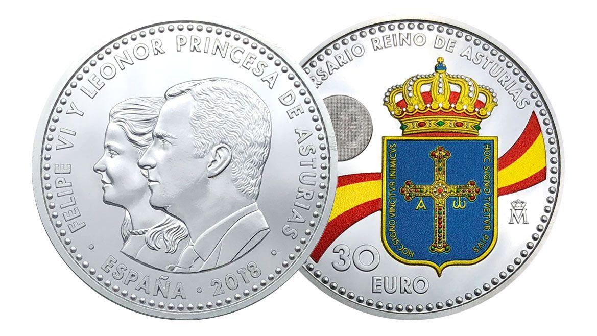 Los Reyes y sus hijas trasladan el posado estival al Palacio de la Almudaina.Moneda conmemorativa