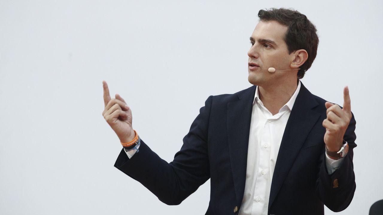 Nicolás González Casares.Abascal en el vídeo de la Reconquista de Vox, la cerdita Peggy en el del voto útil contra Vox y el anuncio del canal de Podemos en WhatsApp