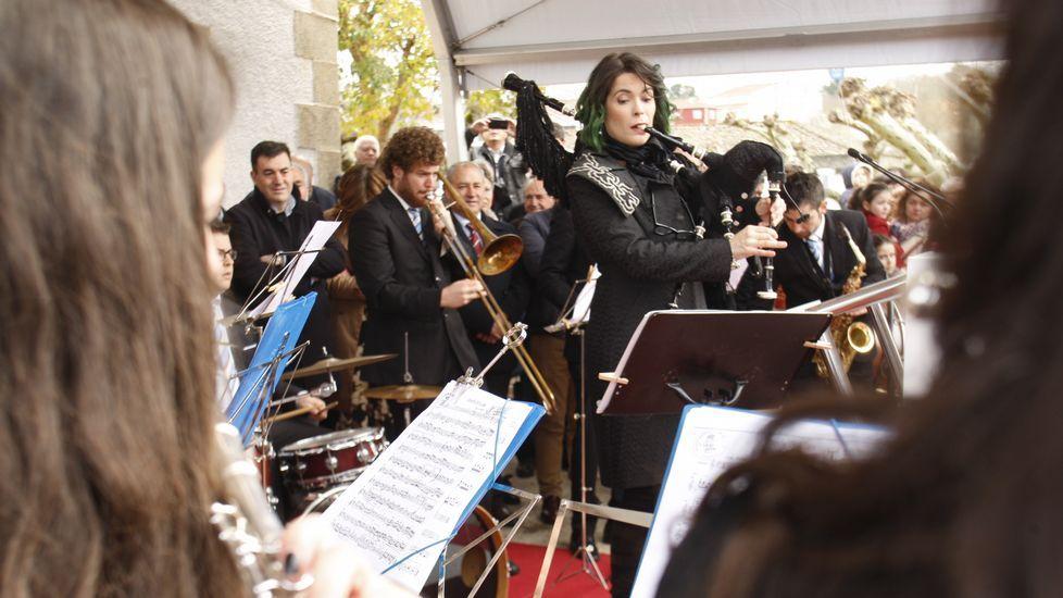 Cristina Pato, durante su actuación del domingo por la mañana con la Banda de Música de Sober