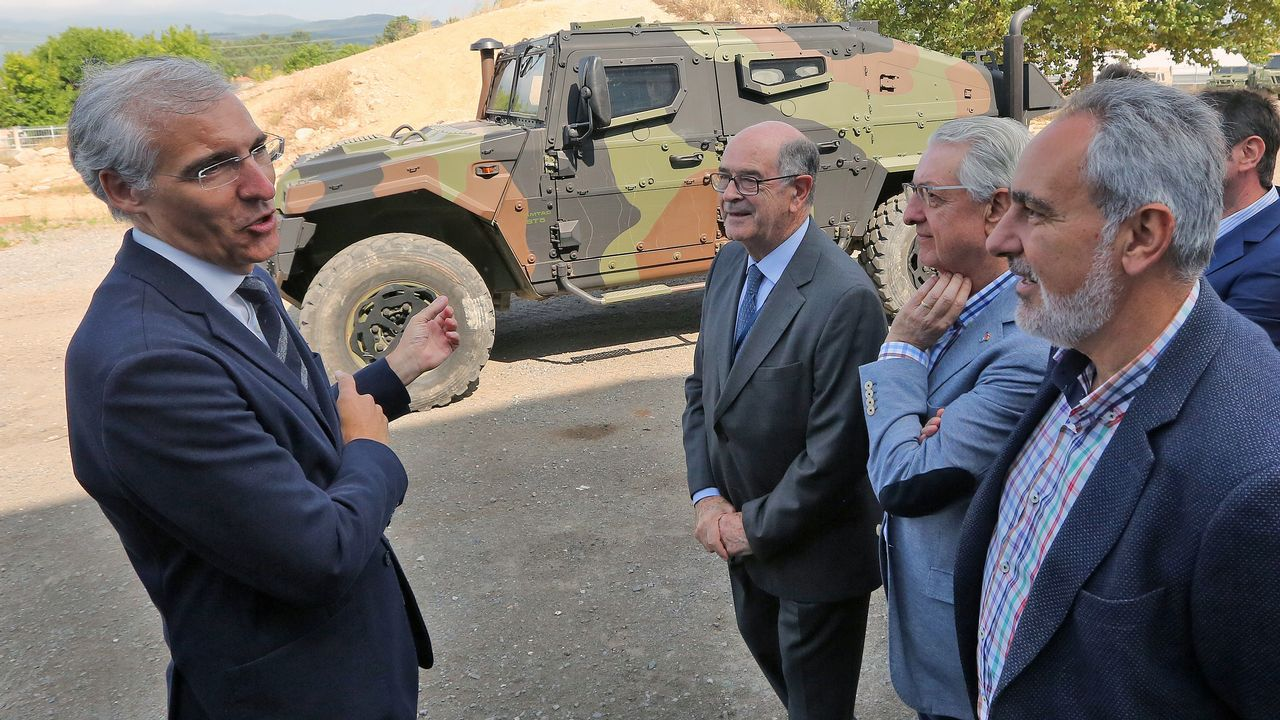 El conselleiro Francisco Conde acude a una demostración en Urovesa.Oficina de empleo en Ferrol