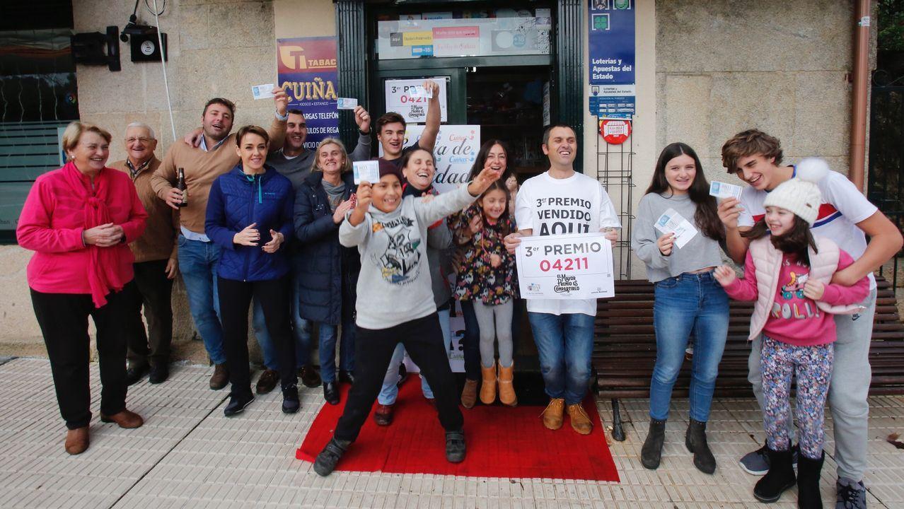Una peña de Carballedo se reparte 50.000 euros del tercer premio