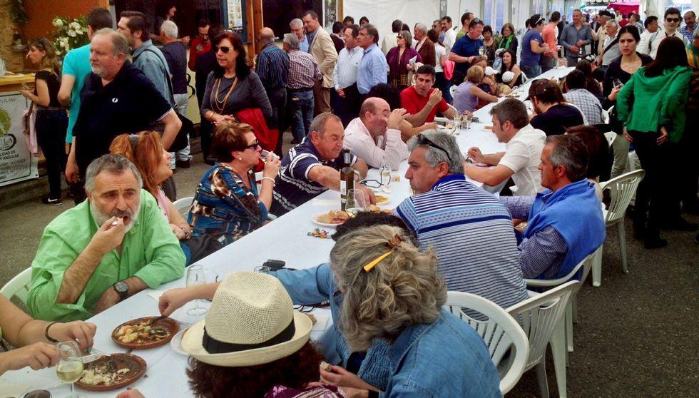 Festa da lamprea de Arbo.La fiesta de la lamprea de Arbo cumple en esta edición cincuenta y seis años.