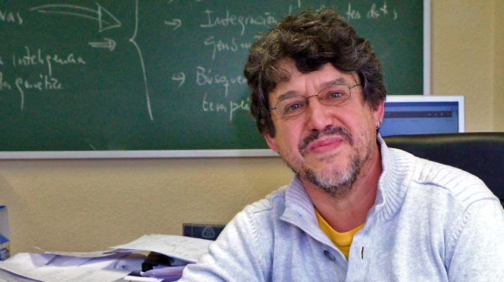ciberataqueh.Juan Luis Fernández