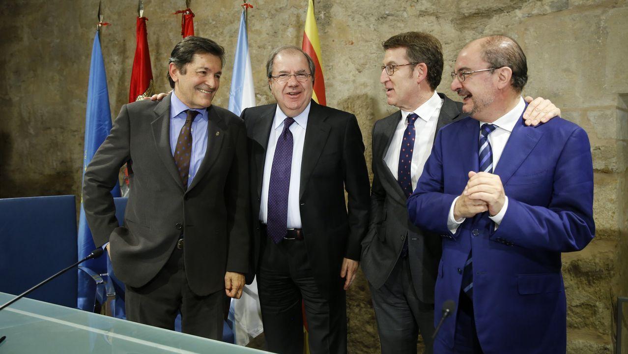 Rajoy y Sánchez se enzarzan al hablar sobre pensiones.La portavoz del BNG, Ana Pontón